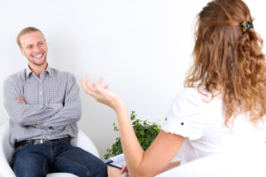 Ragazzo in terapia dalla psicologa